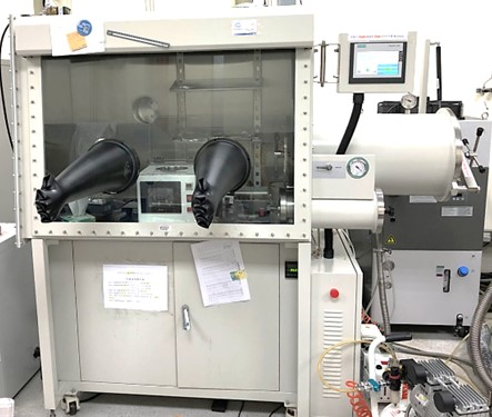 Glove Box & Evaporation system