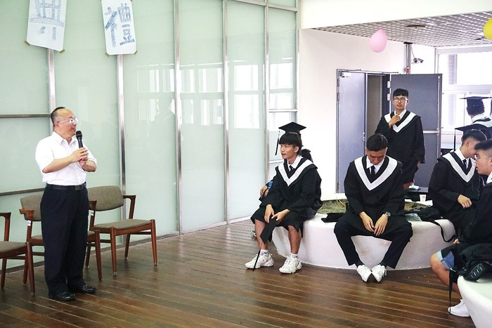 Prof. Yuh-Shyan Hwang, Dean of College of Electrical Engineering and Computer Science, had a talk in the ceremony.